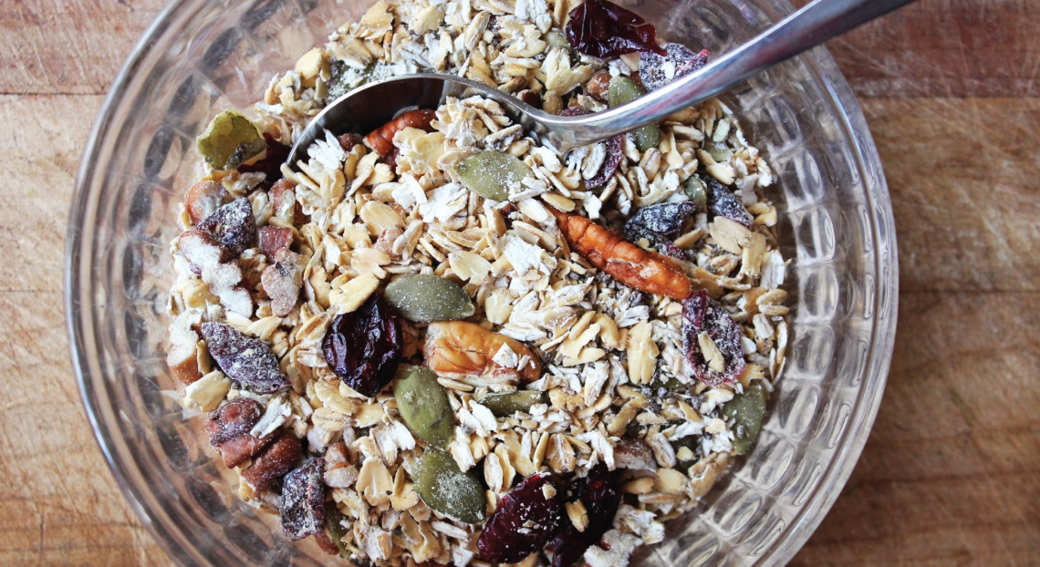 PureLiving Sprouted Muesli / Made with PureLiving Organic Sprouted Oats & Seeds